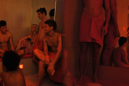 sauna in a club libertine