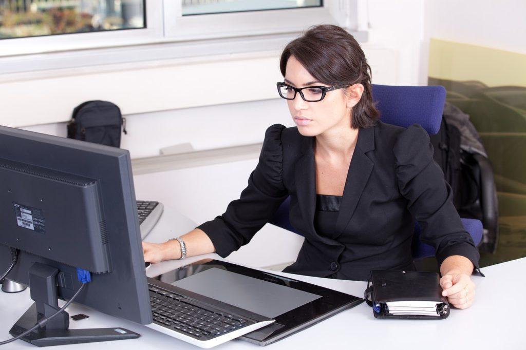 comment draguer une collegue de travail